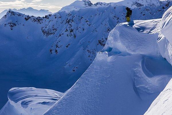 VIMFF-apex-predators-ski-show_600x600