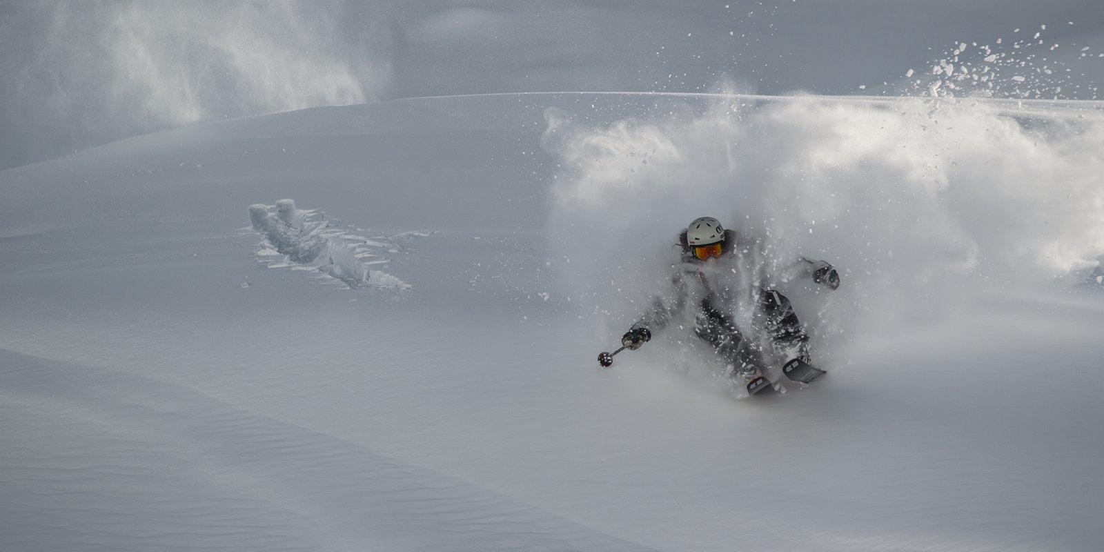 c70d10656f5 Vimff in gora louis garnier vimff vancouver jpg 1600x800 Louis garnier  closed mountain